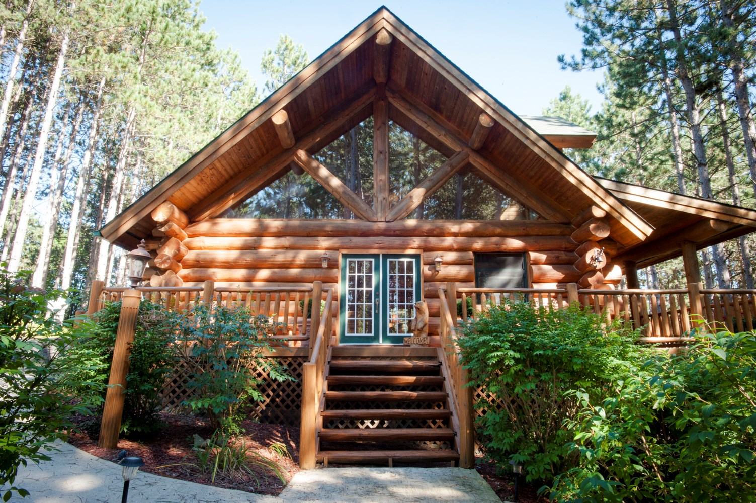 Expired - Northern Michigan Log Home For Sale in Manton, MI