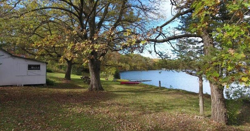 Annandale Mn Lakefront Home With Cabins For Sale Cedar Lake