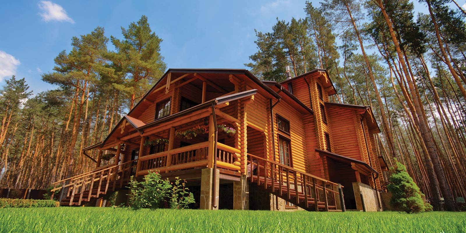 Log homes log cabins for sale nationwide united country for Small rustic cabins for sale